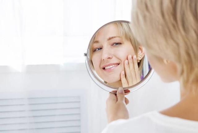 Алмазный пилинг для лица – что это такое, чистка в домашних условиях, показания и противопоказания
