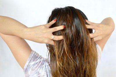 Как увлажнить волосы в домашних условиях – профессиональные средства и народные рецепты