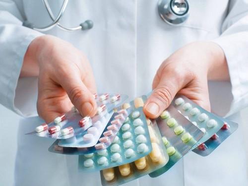 Средства от псориаза волосистой части головы – таблетки и мази, препараты и народные методы