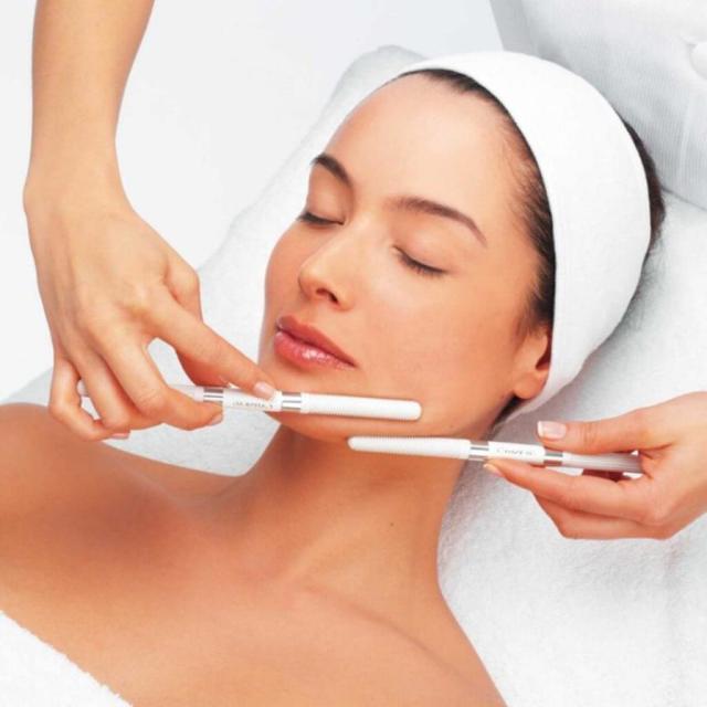 Криомассаж волосистой части головы жидким азотом – что это за процедура, ее польза и особенности