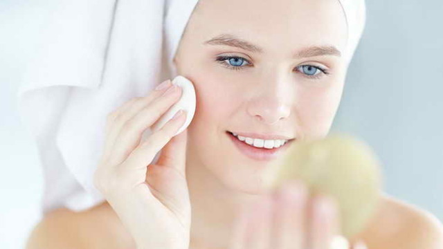 Масло виноградной косточки для лица – свойства и применение в косметологии, как использовать от морщин и прыщей