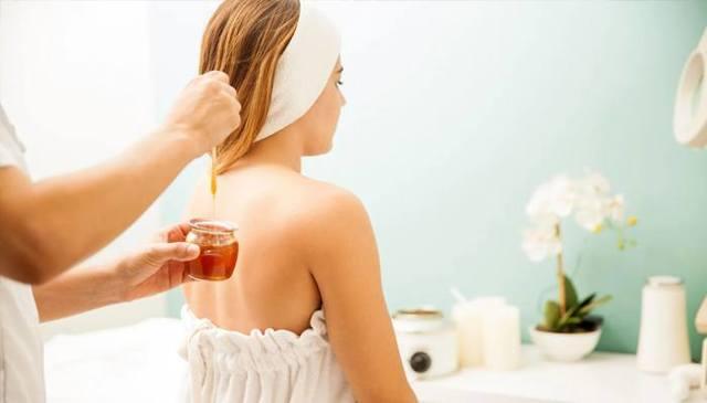 Маска для волос с медом и луком – рецепты и пропорции, способы применения и полезные свойства
