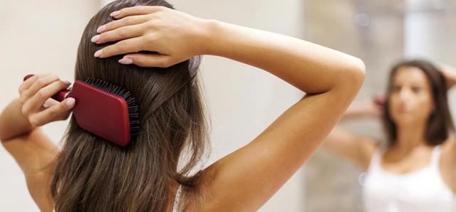 Масло-спрей для волос – какое лучше: обзор популярных магазинных и рецепты домашних средств
