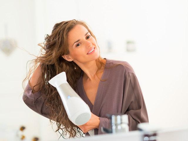 Как правильно сушить волосы феном – технология и правила использования прибора