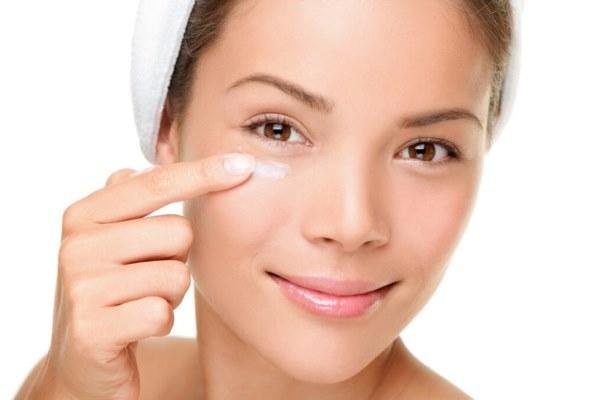 Мазь и крем «Радевит» для лица – инструкция по применению в косметологии от морщин и прыщей, состав
