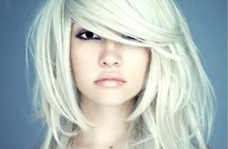 Белая краска для волос – кому подходит и как выполнить окрашивание таким цветом