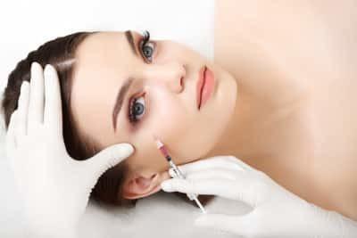 Восстановление волос – профессиональные средства и косметика, лечебные процедуры и витамины