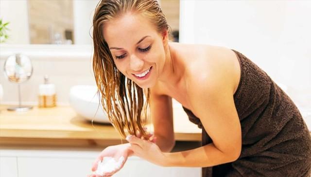 Бальзам-ополаскиватель для волос – в чем его отличие и особенности