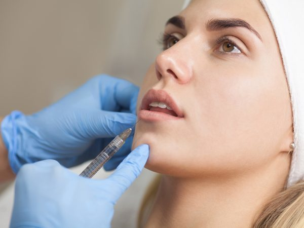 Ботокс бровей – как поднять их с помощью инъекций, выполнение уколов в межбровную складку