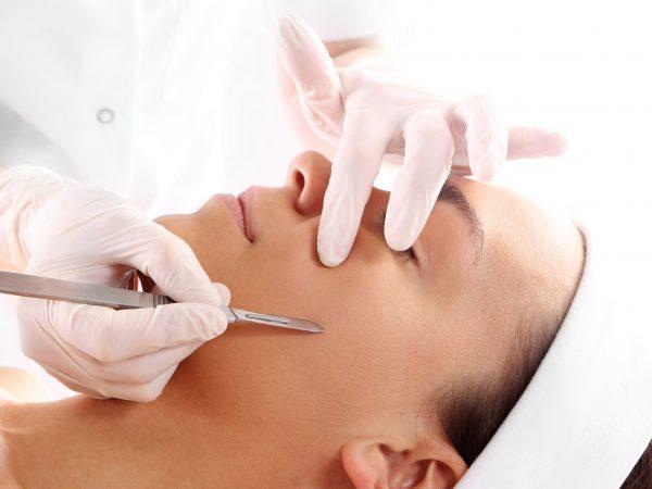 Жидкие нити для подтяжки лица: гиалуроновые и с цинком – описание процедуры лифтинга, плюсы и минусы