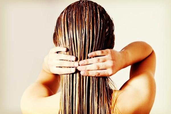 Маска для волос с коньяком для роста и против выпадения – польза и вред, рецепты и применение