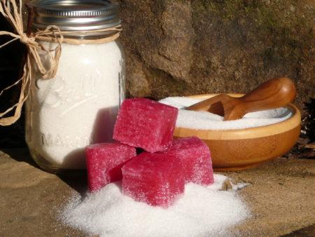 Скраб из меда для лица – как сделать медовый пилинг с сахаром в домашних условиях, рецепт и применение