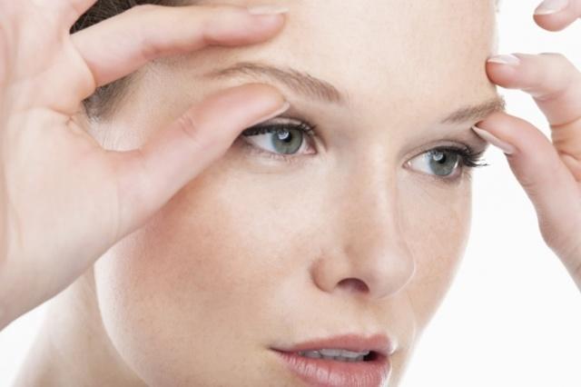 Масло от морщин вокруг глаз – рейтинг косметических масел для век, какое самое эффективное и лучшее