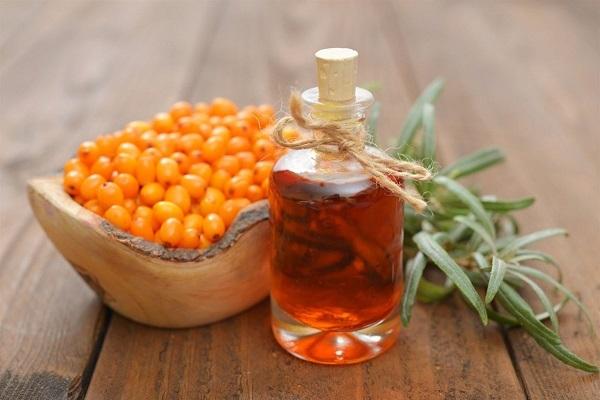 Облепиховое масло от прыщей – как правильно применять для проблемной кожи лица, рецепты масок и советы косметолога