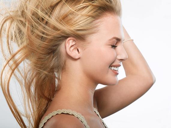 Осветление волос народными средствами – как сделать в домашних условиях, правила и особенности