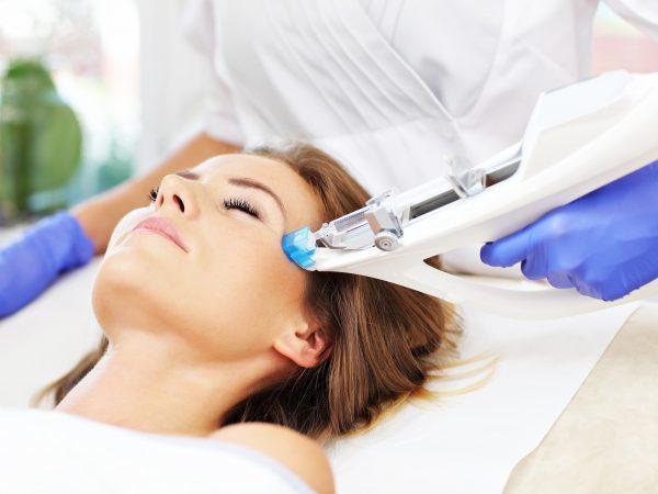 Мезотерапия гиалуроновой кислотой для лица – преимущества и показания, техника выполнения