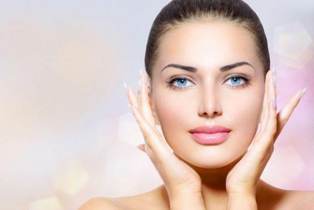Омоложение кожи вокруг глаз – новое в косметологии, салонные процедуры и домашние методы